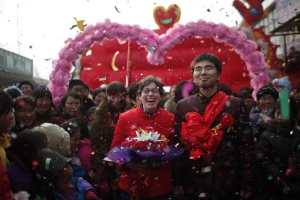 Chinese man and american woman marry